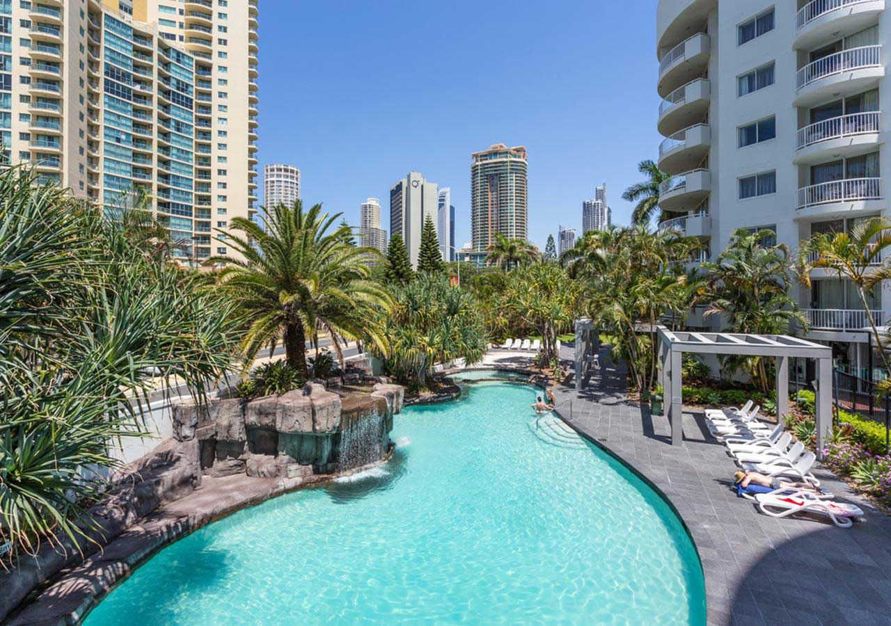 Alpha Soverign Hotel - Gold Coast